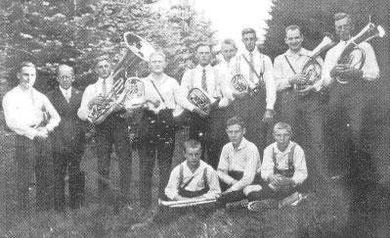 Der Chor im Juni 1932 mit neuem Helikon