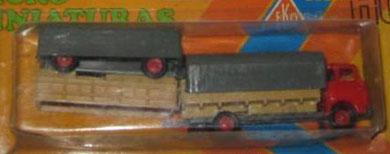 2068 Camión Barreiros con remolque