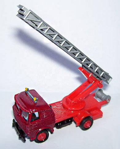 2097 Pegaso bomberos escalera