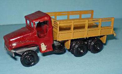2056 Camión GMC