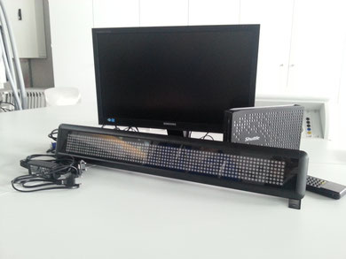 Bildschirm, LED-Blende und Computer