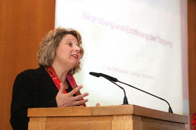 Frau Ministerin Svenja Schulze