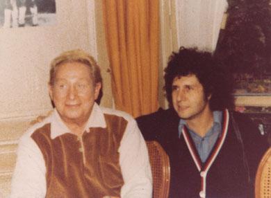 Jean edouard BARBE et Charles TRENET                                  photo  : Henri CHENUT