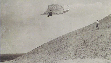 Otto Lilienthal am Fliegeberg in Lichterfelde (heute Berlin) am 29.06.1895