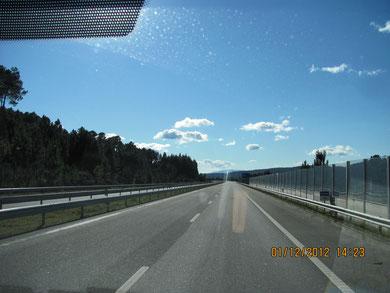 Die Autobahn haben wir gekauft, darf kein anderer drauf fahren...