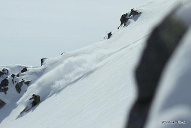 植木鹿一 is skiing at Blackomb,BC