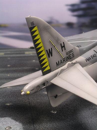 Interessant auch der deutlich andere Tail der AV-8s im Gegensatz zu den frühen Harriers