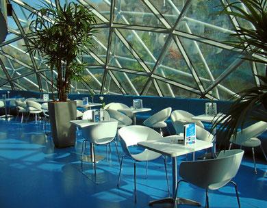 Murinsel Cafe innen