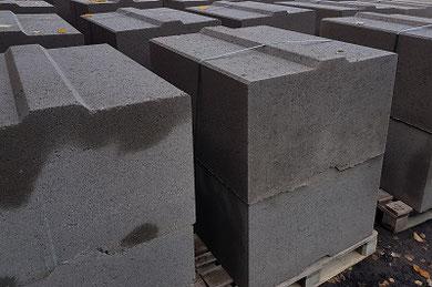 Betonblöcke/ Betonblocksteine/ Betonstapelsteine