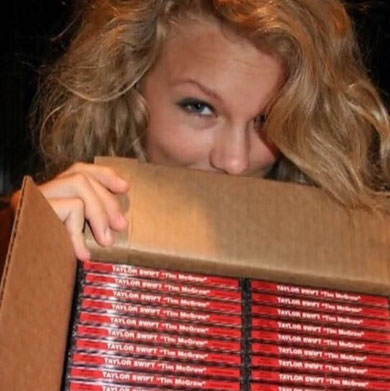 "Taylor Swift packaging her ""Tim McGraw"" single CD (2005)"