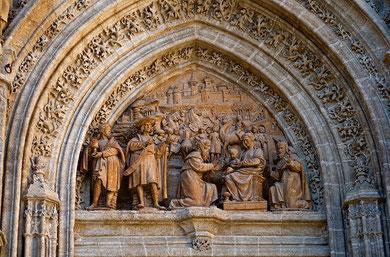 Catedral de Sevilla. Puerta de Palos.Adoración de los Reyes