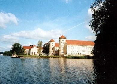 ラインスベルク宮殿