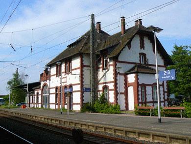 Der Hümmer Bahnhof (Fotos: Geschichtskreis Hümme)