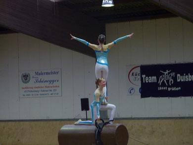 Doppelstart Luise & Neele in Duisburg am 7.11.2010 - 2. Platz, 1. Abteilung mit der Wertnote 7,373