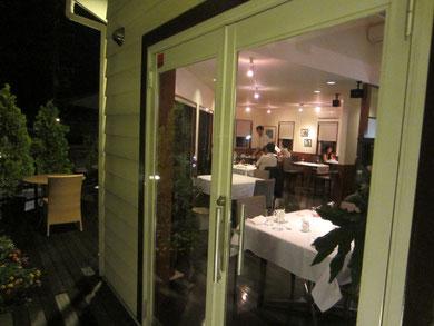 軽井沢らしい、気取らず雰囲気のいいレストラン。美味しいそうなので楽しみ♪