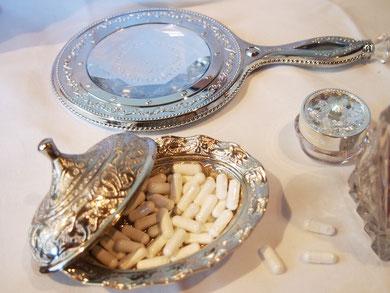 妊婦に不足しがちなカルシウム。忘れずに飲めるようにチョコ入れにいれてみました^^
