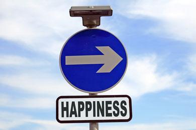 Mein Ziel als ganzheitliche Lebensberaterin ist dass sie ihr persönliches Glück finden, Altes loslassen um Neues in ihr Leben zu integrieren. Ich begleite sie auf ihrem Weg mit einem offen Ohr, Vertrauen, Kreativität und Empathie