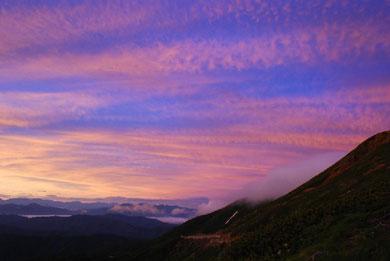 乗鞍山頂でのマジックアワー Photo By 白鳥保美