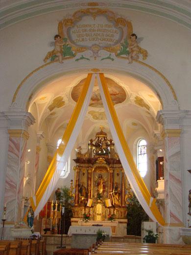 """Unser Pfarrkirche """"Herz Jesu"""" von innen"""