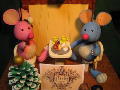 ☆テーブルの歐林洞生ケーキは紙粘土。作るのに丸2日かかっちゃいました。(2009.12月)  第2シリーズ第5夜/ドイツ・オーストリアの夕べ・クリスマススペシャルにて。