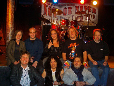 Band Now or Never und Team Musiktheater Bad
