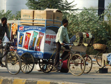 Lastentransport in Gorakhpur, Nordindien