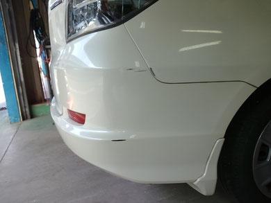 TOYOTA パッソ フロントバンパー修理 0009