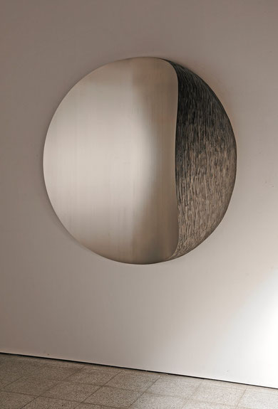 MOON.Aug     Stainless steel/ Wood   Ф1500×500mm  2009
