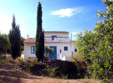 bei Salema: Casa Alex Oekoghaus an den Klippen