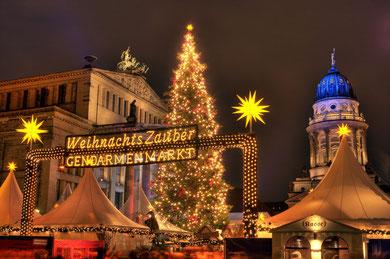 Weihnachtsmarkt Berlin Advent Gruppen Gruppenreisen Busreisen Einkaufen Shopping Lichterfahrt Adventszauber