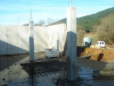 Muros y pilares en sótano