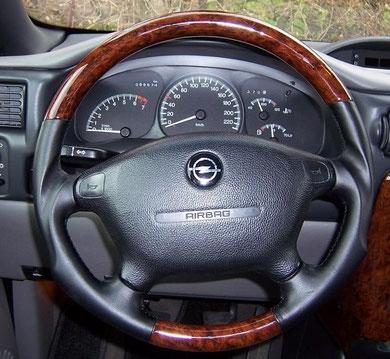 Opel Sintra Lenker Wurzelholz