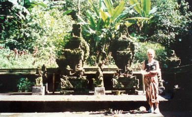 Pura Luhur Bato Kau - Ein Ort mit mystisch-welt-entrückter Stimmung, umgeben von Urwäldern, zählt zu den heiligsten Tempeln Bali´s
