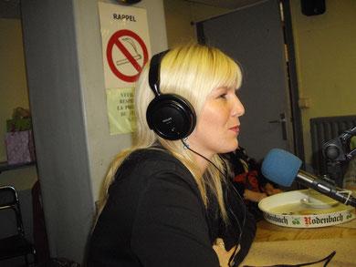 KETY LUCY A LA RADIO RQC