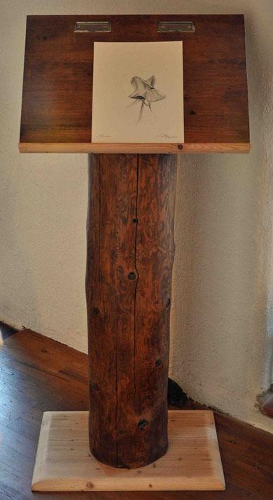 """Holzständer (verschiedene Holzarten) und Bleistiftzeichnung """"Balletto"""""""