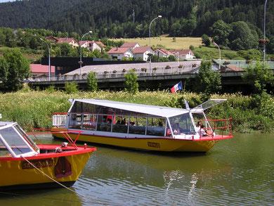bateau navire sur Doubs