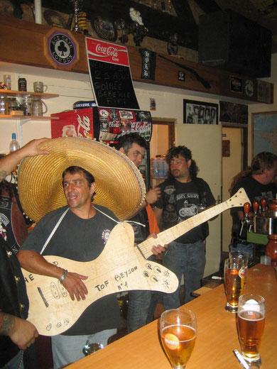 Il n'y a pas que chez les BANDIDOS qu'il y a des Mexicains basanés