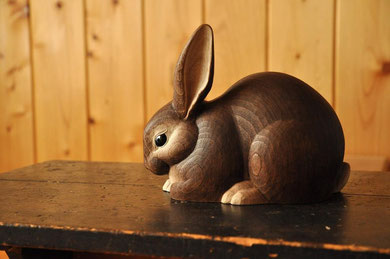 木彫り 兎