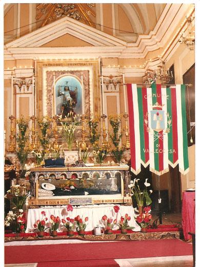 1984- 275° Anniversario dell'Esposizione alla Pubblica Venerazione del Prodigioso Simulacro di San Michele: Visita del Sacro Corpo di Santa Maria de Mattias nella Chiesa di Sant'Angelo