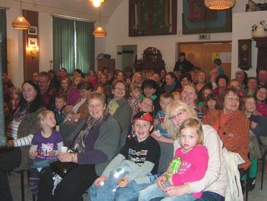 So sieht ein fröhliches Publikum aus! Premiere!