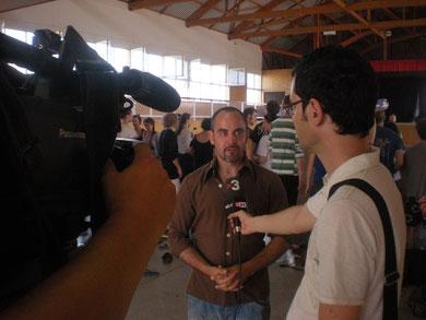 TV3 entrevista Roberto Olivan, director del festival Deltebre Dansa