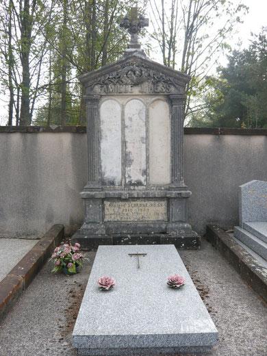 Tombeau de la famille Joseph Hess au cimetière de Montbéliard