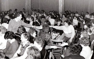 Zur Gründungsversammlung des Landfrauenvereins Ohrstedt erschienen mehr Frauen als erwartet.