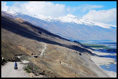 voyage à vélo en tadjikistan laetitia, entreicietla, bike touring