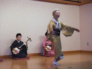 楽しく「カッポレ踊り」
