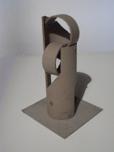 1989 sculpture abstraite en carton N° 10