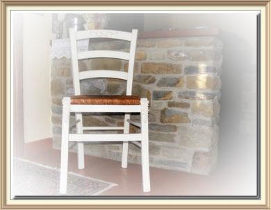 SE020 - Sedia impagliata shabby chic - € 80,00 - Una sedia in pronta consegna - Due sedie da decorare -