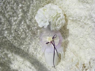 BO010 - Bomboniera con rose e piume di marabou - € 13,00