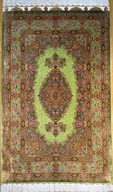 QUMsilk MEMARIYAN工房 ザロニムサイズ 約160x100