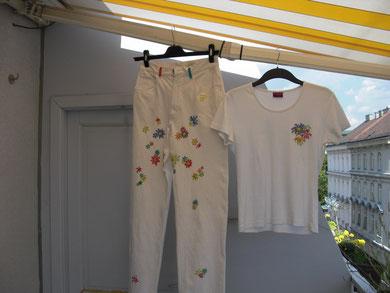 Hose und T-Shirt bemalt
